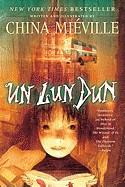 Un Lun Dun (Turtleback School & Library)
